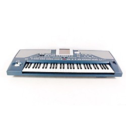 Korg Pa800 61-Key Professional Arranger Keyboard (USED005008 PA800)