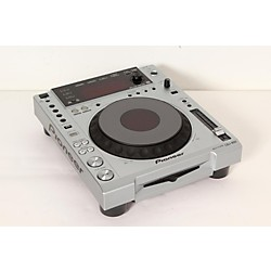 Pioneer CDJ-850  Professional Digital Multi Player (USED005015 CDJ-850)