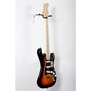 Fender-Deluxe-Player-s-Stratocaster-Electric-Guitar-3-Color-Sunburst-Maple-Fretboard